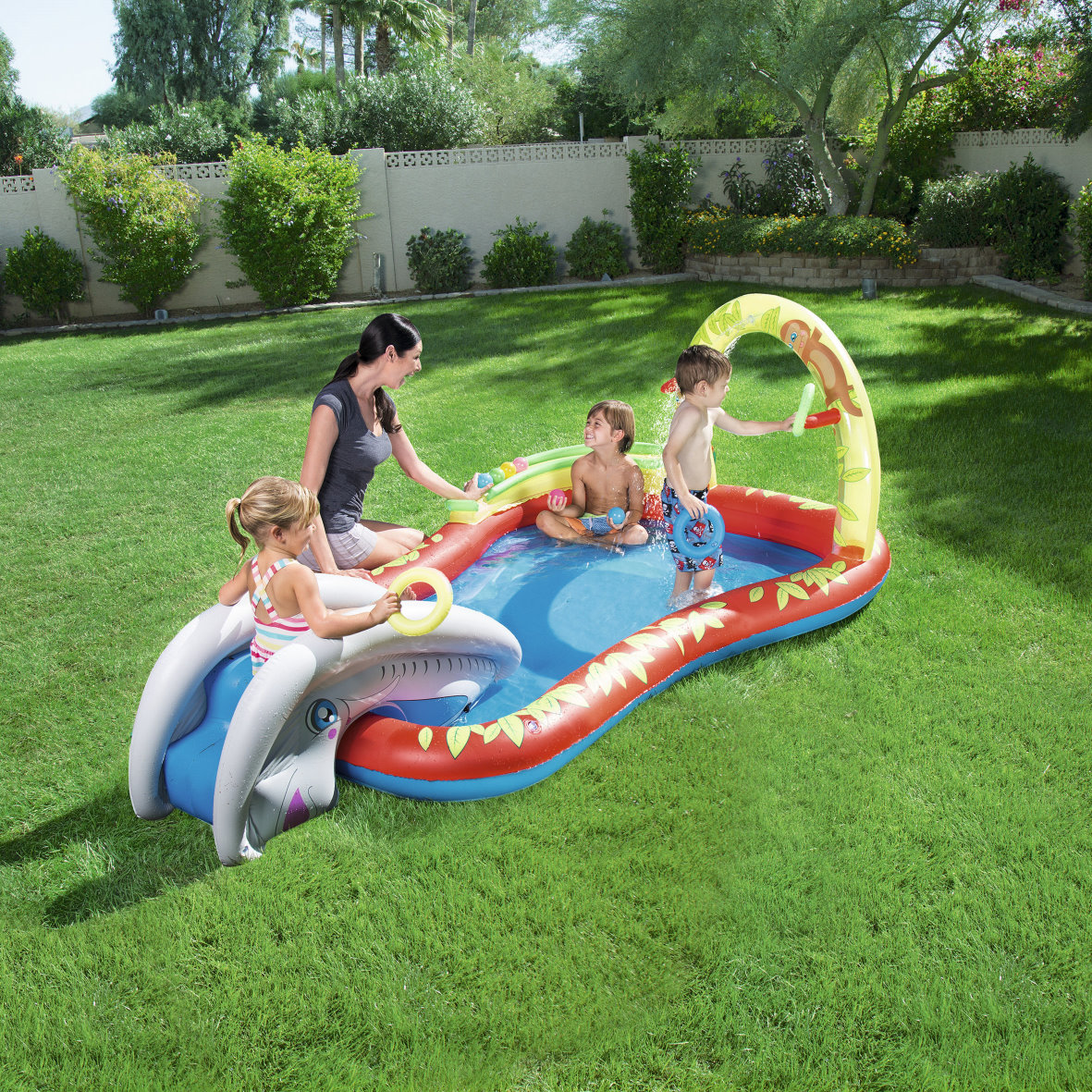 spielcenter mit rutsche pool swimmingpool planschbecken. Black Bedroom Furniture Sets. Home Design Ideas